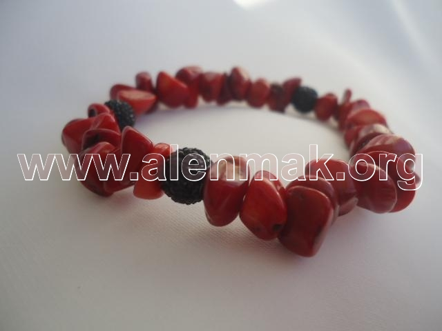 Гривна Червено и черно