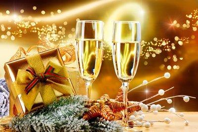 Новогодишни гривни и бижута с естествени камъни