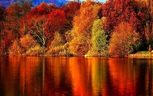 Есенни гривни с кристали