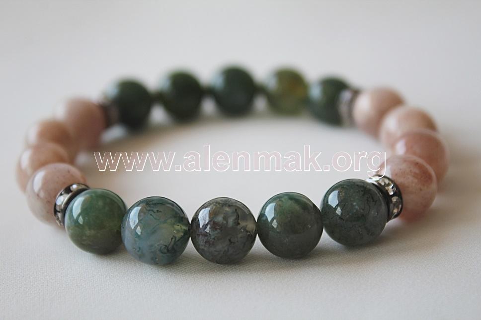 Гривна с Лунен камък - Мъдрост и сила