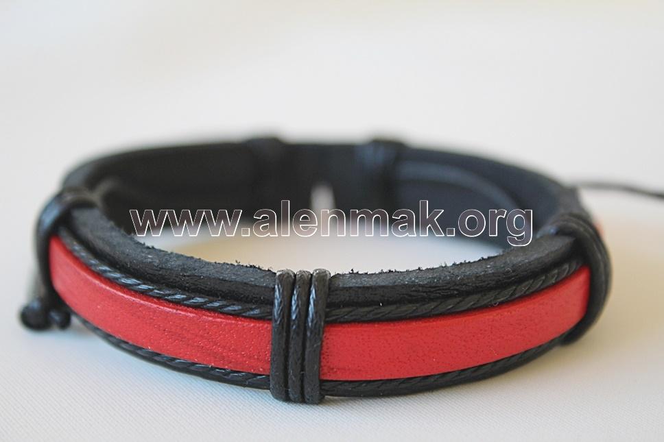 Кожена Гривна - Храброст - черно и червено