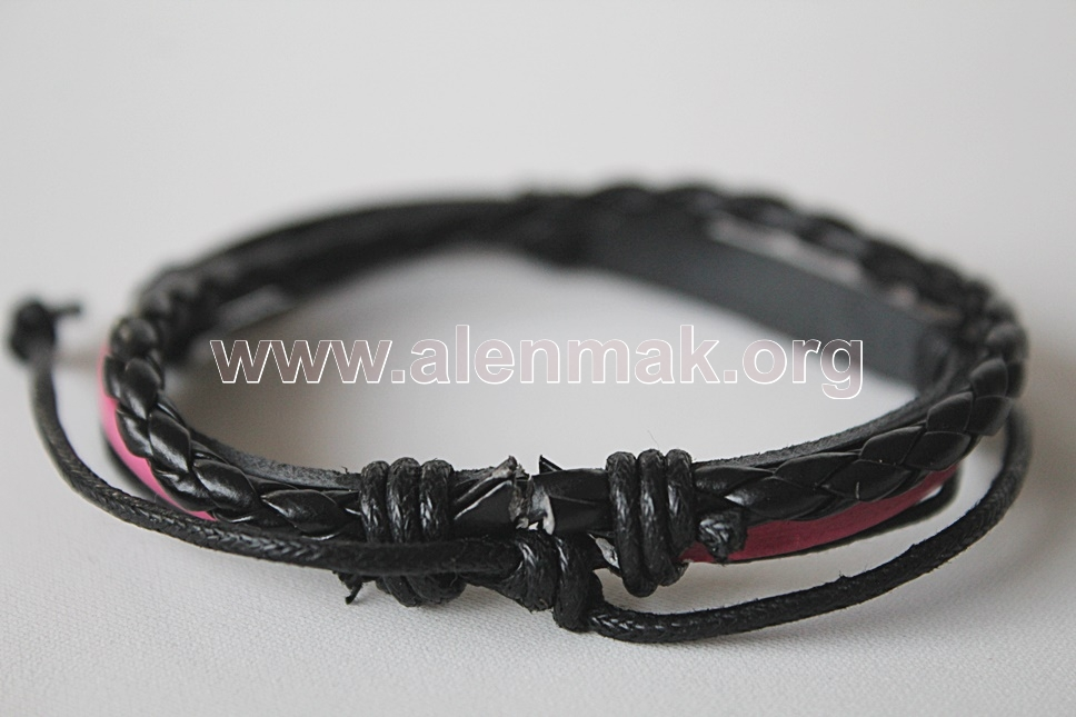 Гривна Стремеж - черно и розово