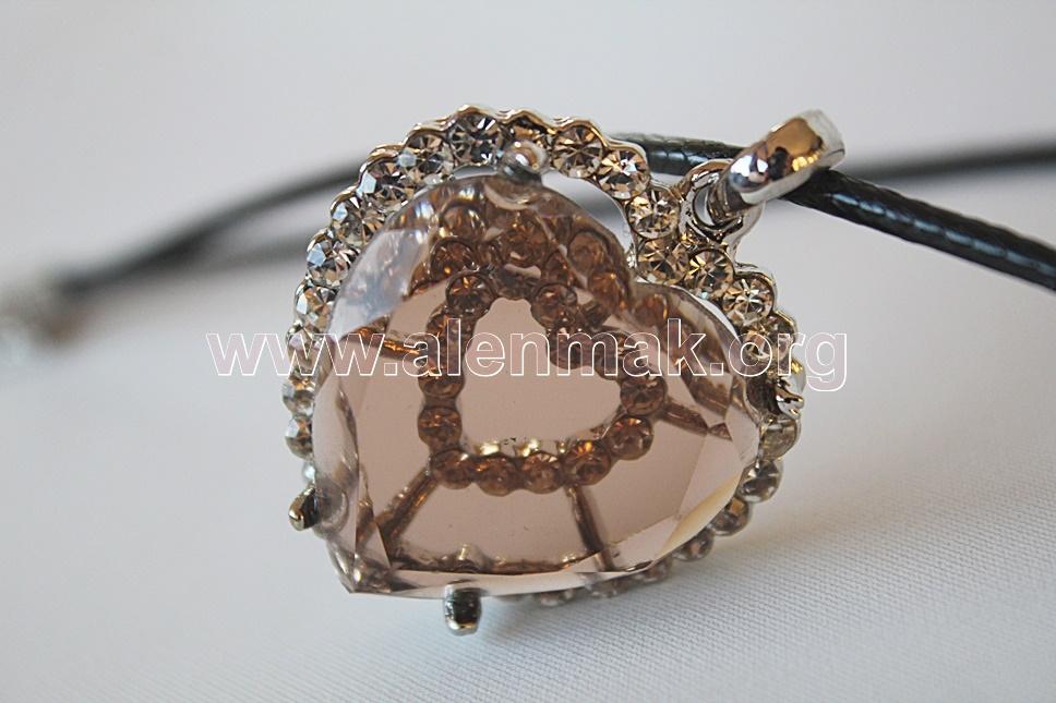 Колие с метални висулки и други камъни - Отпечатък в сърцето