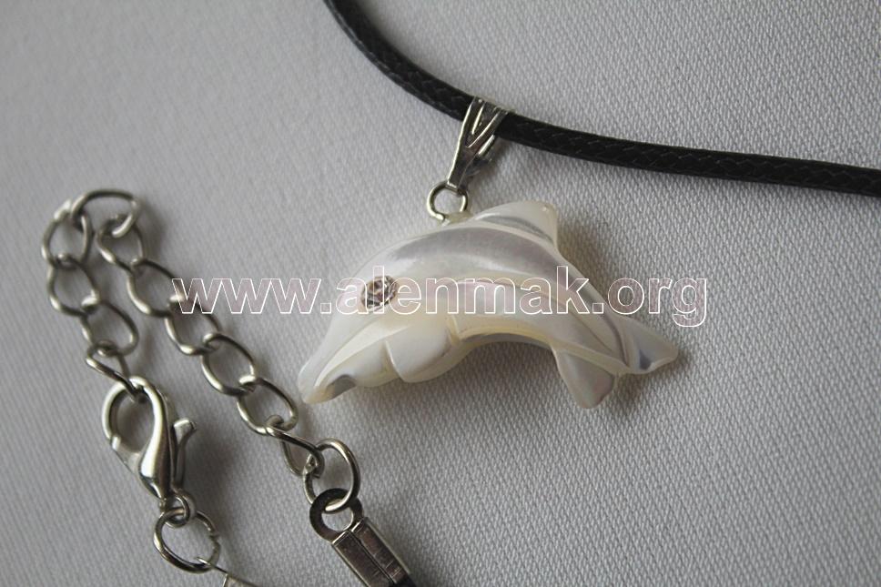 Колие от Седеф - Белият делфин